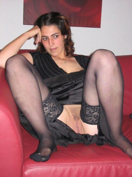 Femme infidèle soumise pour mec clean