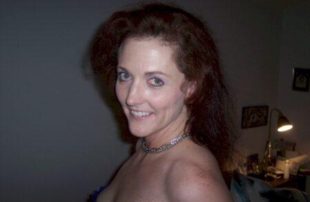 Passez un rendez-vous sans lendemain avec une femme infidèle sexy