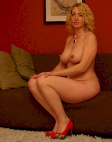 Passez une nuit de sexe avec une femme mature coquine